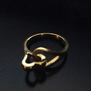 Jewelry - Intertwined hearts ring